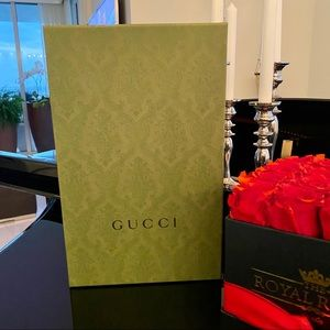 AUTH GUCCI GORGEOUS GREEN SHOE BOX